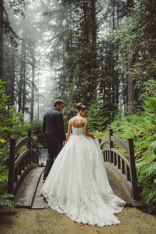 To-Tip-or-Not-to-Tip--A-Guide-to-Wedding-Gratuities1