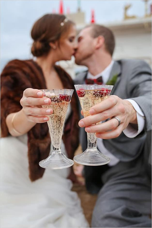 4-Quick-Tips-for-Stocking-Your-Wedding-Bar1