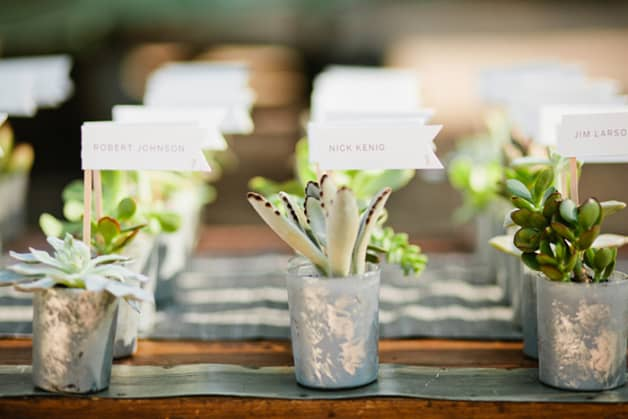 Awesome-Wedding-Favors-Your-Guests-Will-Actually-Want4