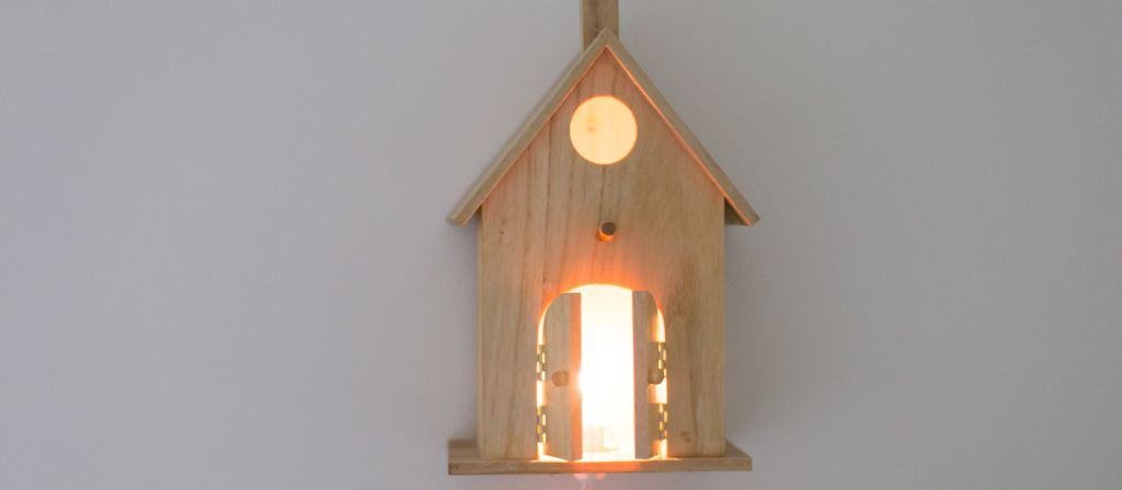 A Fun And Fast Birdhouse Nightlight DIY